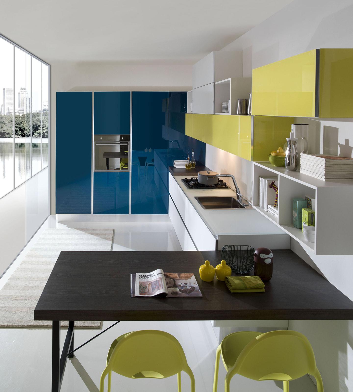 Quale top in cucina? Il piano in vetro - Lineatre Arredamenti ...